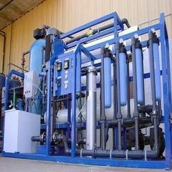 Water Distillation System, Capacity: 0-200, 200-500 Litres Per Hour