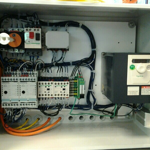 electricalcontrolpanel 500x500 electric panel box & synchronization panel manufacturer from ahmedabad electrical panel box wiring at edmiracle.co