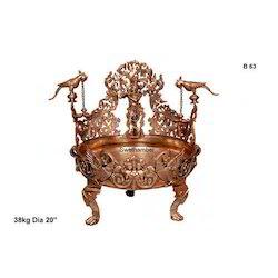 Bronze Krishna Urli