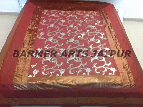 Sequence Work Bed Spread