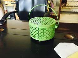 Cutwork Round Basket With Handel