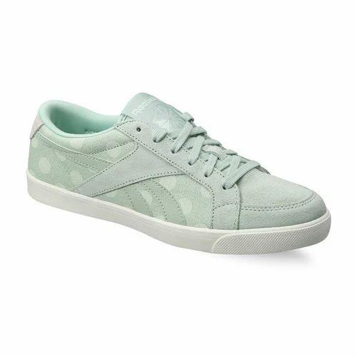 8c583cd421cb8 Women Reebok Classic Shoes