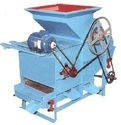 Castor or Rendee Decorticator with Grader Model 3 HP