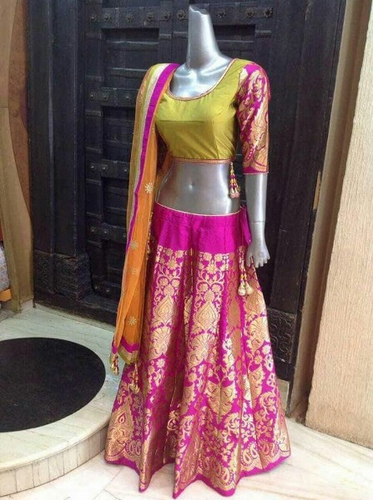 7801581d95 Manufacturer of Designer Ghagra Choli & Ladies Ethnic Wear by Dreams ...