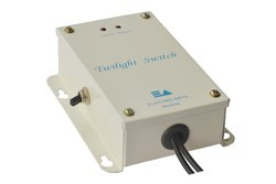 STM 101 Twilight Switch
