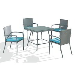 Wicker Stylish Dining Table Set