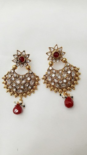 5ad99a4e3d1 Red ND Golden Stone Earring