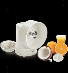 Unichef Coconut Grater and Juicer