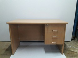 Economic Office Table With 3 Drawer