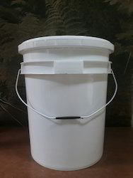 Multi Color 20 Ltr Plastic Bucket For Lubricant Oil