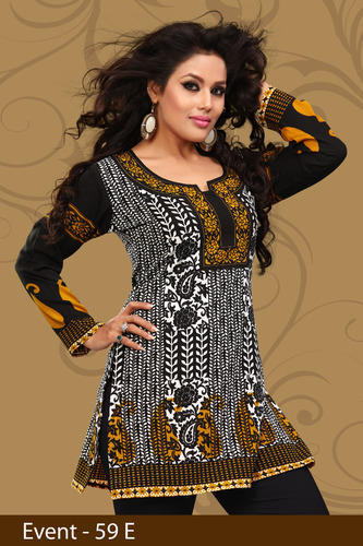 Desirable Printed Crepe Kurti