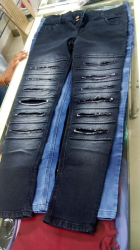 Plain And Faded Female Ladies Ripped Jeans, Waist Size: 30 And 36
