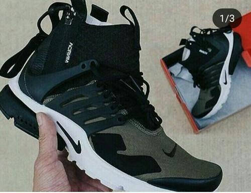 a78809293f6 Men BLACK And GREY Nike Presto Shoes