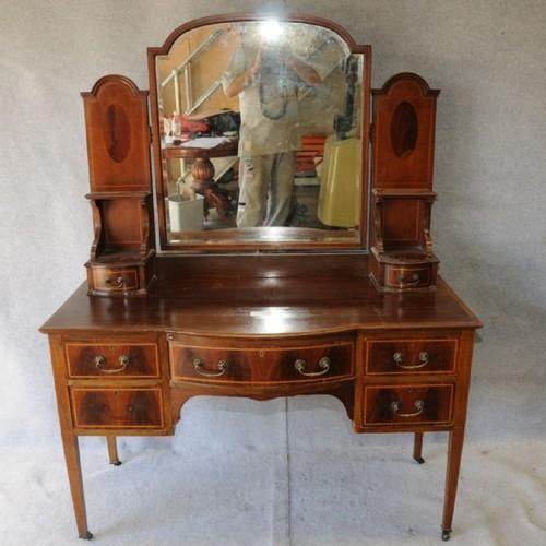 hot sale online d2fe5 a2f69 Dressing Table - Antique Dressing Table Manufacturer from Howrah
