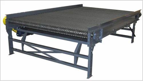 Belt Conveyors - Roller Belt Conveyor Manufacturer from Noida
