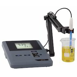 Digital Laboratory PH Meter