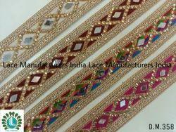 DM358 Fancy Laces