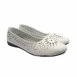 Sammy Women White Ballerinas Shoes, Rs