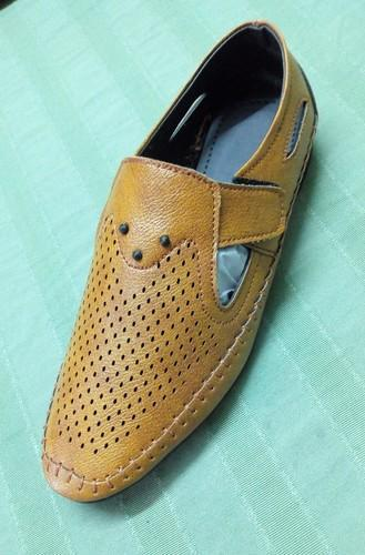 Designer Shoe Suppliers