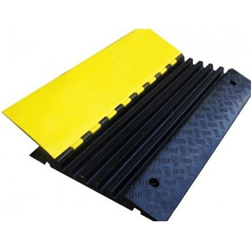 Reflective Rubber Speed Bump Manufacturer From Faridabad