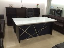 Modern Superior Lexus Office Table 6ft