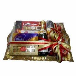 Christmas Hamper Basket.Wedding Gift Hamper