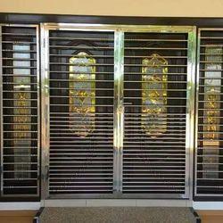 Silver Modern Metal Grill Door, Sri Ram Welding Works | ID: 14388406862