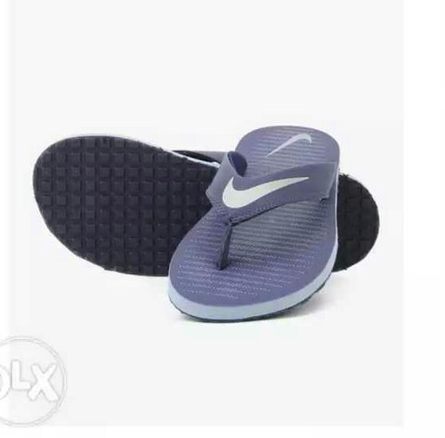e5f7c26f3 Nike Black And Dark Blue Chroma Thong Slippers