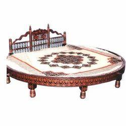 Wooden Sankheda Round Bed