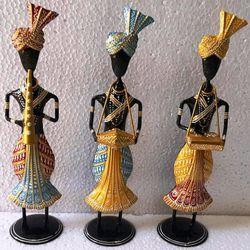 Non-Branded Multicolor Hand Painted Metal Home Decoration Set Of 3