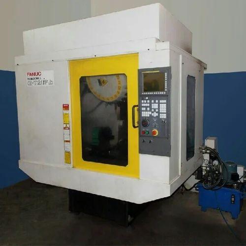 Automatic CNC Machine & CNC Milling Machine Wholesaler from Pune