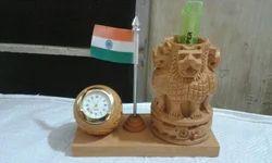 Ashoka Pillar Wooden Pen Stand