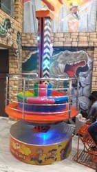 Ms Ta Ta Iron Stander color Round Amusement Revolving Lift, Capacity: 8 Children Or 5 Adults