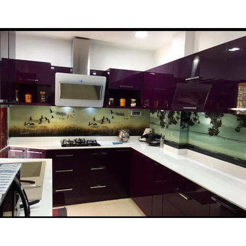 U Shaped Kitchen with Acrylic Finish