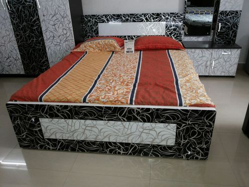 Bedroom Double Bed at Rs 15000/piece(s) | Modern Beds, बेड्स