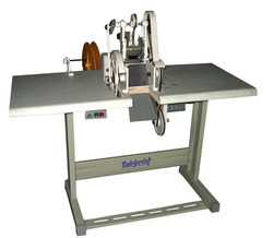 Non Woven Handle Cutting Machine