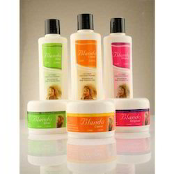 Third Party Cosmetic Moisturizing Cream and Body Lotion