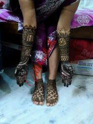Women Bridal Mehendi