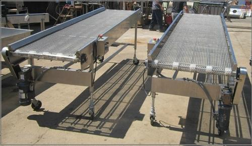 Chain Conveyors - Free Flow Conveyor Manufacturer from Noida