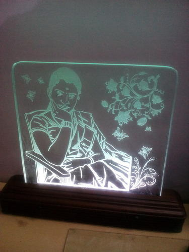 Photo Engraving Gifts in Glass at Rs