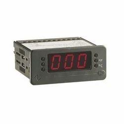 Digital Temperature Controller Equipment