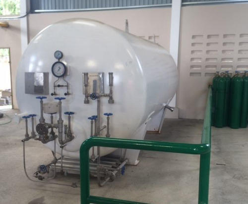 Liquid Tanks - Liquid Oxygen Tank Manufacturer from New Delhi