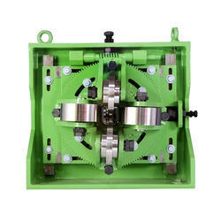 Square Pipe Head Assembly