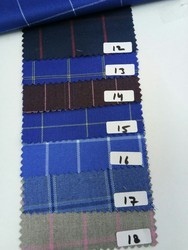 Plain, Printed Formal & Casual Polyviscose Check Suiting Fabric, Clothing, Industrial