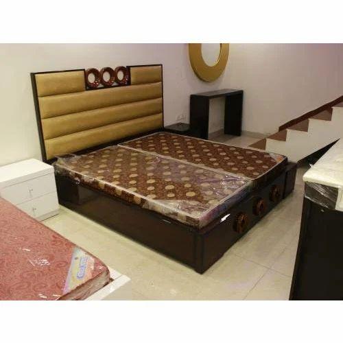 Double bed at rs set kirti nagar new delhi id