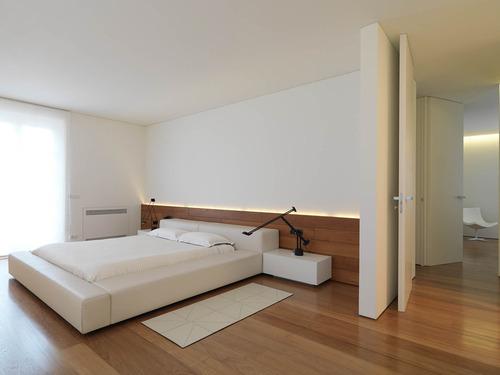Natural Solid Hardwood Flooring, Thickness: 18 mm, for Indoor