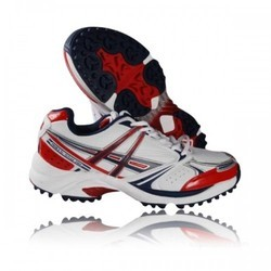 Men Cricket Shoes, Size: 9 UK/ Ind