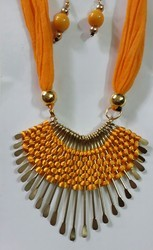 Neelz Silk Thread Necklace