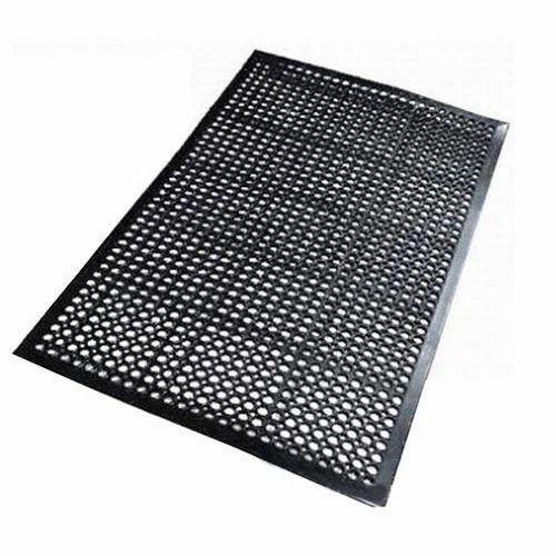 Black Rubber Bathroom Mat Rs 150