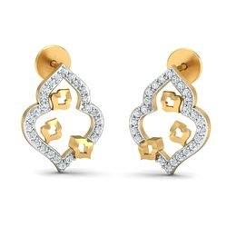 Traditional Gold Diamond Earring